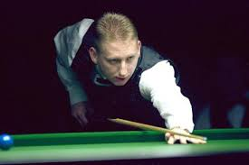 Howard Mawson, who won the Bradford Snooker Championship in 2004, is in the semi-finals again